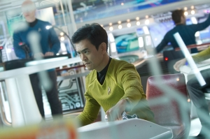 Star-Trek-ID-206-Sulu-bridge