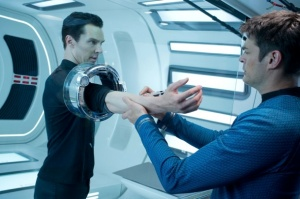 star-trek-into-darkness-cumberbatch-urban1