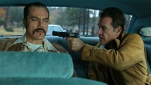 1368671117-ray-liotta-and-michael-shannon-in-the-iceman-2013-movie-image-2-600x339