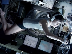 Sandra-Bullock-in-Gravity-2013-Movie-Image