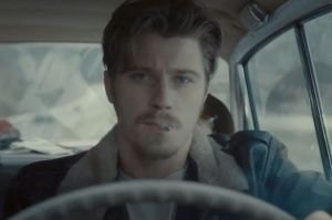 Garrett-Hedlund-