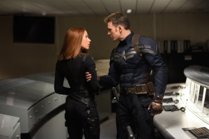 captain-america-the-winter-soldier-scarlett-johansson-chris-evans-1